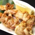料理メニュー写真もも/皮/つくね/砂肝/ぼんじり (2本/塩・タレ)