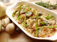 鮭とマッシュルームの香草オーブン焼き