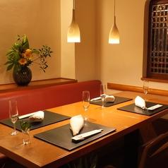 3~5名様のテーブル半個室。