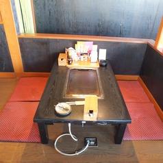 4名様収容可能なお座敷席。お友達同士のお食事などに最適です。