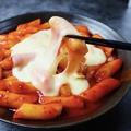 料理メニュー写真チーズ甘辛トッポギ