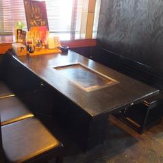 4名様に最適なテーブル席。ファミリーでの利用に最適です。