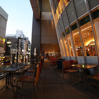 アキバの夜景を眺めながらのお食事も人気。