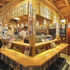 寿司といえば板前との会話も味のうち・・♪職人握りたてのお寿司を是非ご堪能ください!