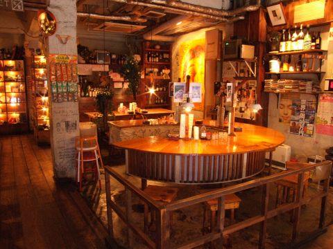 心斎橋の人気店はてな。雰囲気が良くて料理もおいしいお店です♪