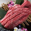 料理メニュー写真赤身のすだれステーキ