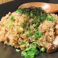 料理メニュー写真美濃健豚 厚切りロースと木の子のガーリック醤油バターライス