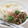 料理メニュー写真ガパオライス(豚肉or鶏肉)