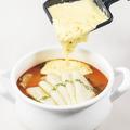 料理メニュー写真太陽のチーズラーメン WITH 魅惑のラクレット