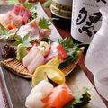 料理メニュー写真その日に一番「美味しい」食材を使用したおすすめの「お造り」を楽しんで頂けます。