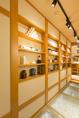 店内は明るく落ち着いた雰囲気で広がっております♪また、個室も完備しており宴会・接待などにお使い下さい。
