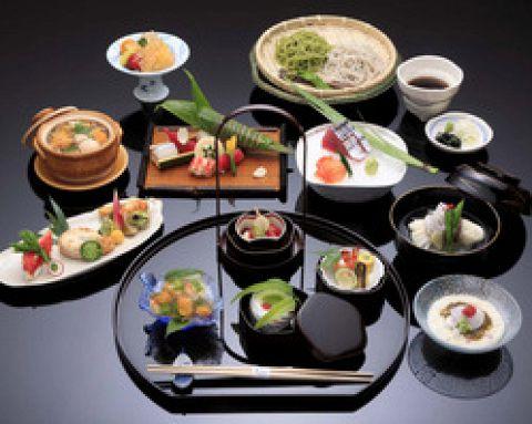 【フリードリンク付き】 『ご宴会プラン』 お料理、お飲物、消費税、サービス料込 12000円〜