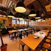 上質な大人空間でお客様をおもてなしいたします♪光と陰が織りなす幻想的なお席となっております♪