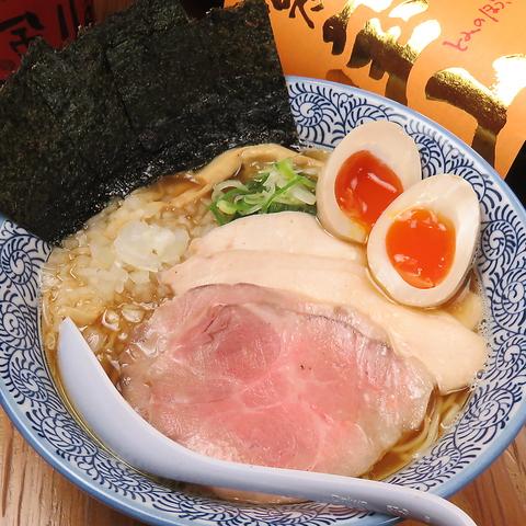 厳選素材の極上煮干し出汁×濃厚鶏白湯スープが自慢!ラーメンとつけ麺の2種類で♪