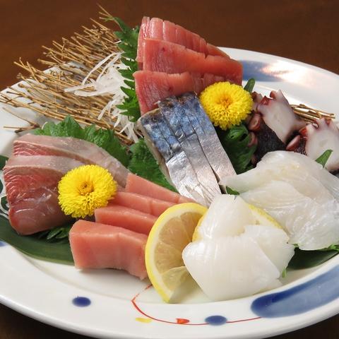 串揚げと鮮魚がオススメ!!中盛会通りの和食居酒屋!