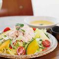 料理メニュー写真【御膳】蒸し鶏と季節野菜のモリンガパワーサラダset
