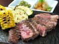 名物【牛たんステーキ】1800円☆てごう屋といえばこれ!超厚切りに切った自慢の牛たんを柔らかくジューシーなステーキにしました。ミディアムレアで召し上がれ!
