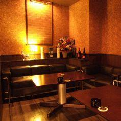 フカフカソファーのテーブル席
