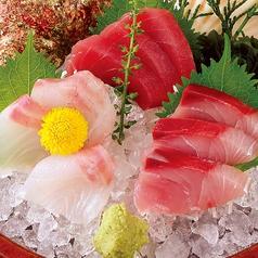 料理メニュー写真本日の刺身3種盛り