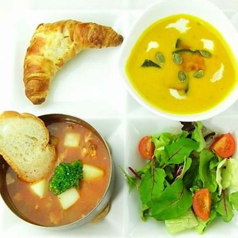 すうぷ屋自信のスープを2種類お楽しみいただけます!