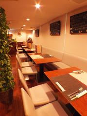 ビストロカフェ ラピス Lapis 宮崎の雰囲気1