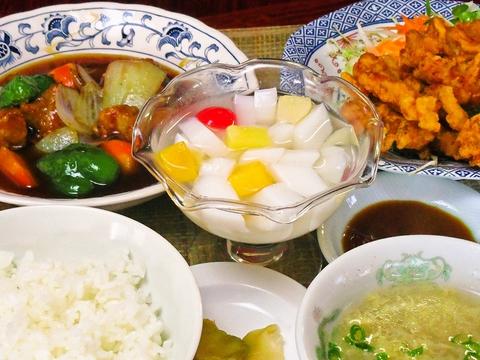 夫婦二人で経営しているアットホームな中華料理店。