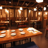 ちょっとした集まりにぴったりの6人用テーブル席◎気の合う仲間と食事・会話をお楽しみください★