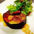 料理メニュー写真茄子のステーキ ピリ辛和ベーソース