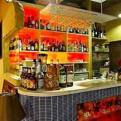 バー利用として1人飲みやデート利用も可能です。ご希望に応じてお好みのリキュールでオリジナルカクテルなどもお作り致します。