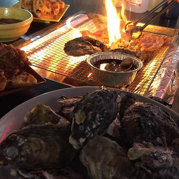 炭火焼きBBQ 肉牡蠣小屋 川崎モアーズ屋上のおすすめ料理1