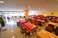 広島サンプラザ レストラン クレセントの雰囲気1