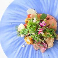 イタリア伝統料理を横浜の海をテーマに美しく表現