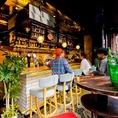 おしゃれなカウンター席とテラス席はテーブルチャージ無料。特にデートや女子会に人気のお席です。美味しいピザとにワインに酔いしれて、仙台、国分町での愉快な夜を。