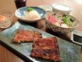 料理メニュー写真蒲焼き定食