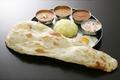 料理メニュー写真3色カレー定食 (ナン+ライス+カレー3種+目玉焼き+ヨーグルト)