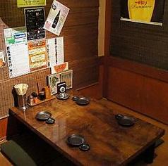 通常は仕切りで区切り半個室となっております。宴会や飲み会で人気のお席です!