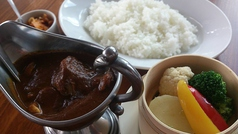欧風チキンカレー (蒸し野菜添え)