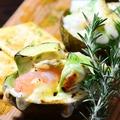 料理メニュー写真エビ・アボカド・ホタテのグラタン