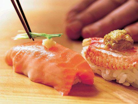 お寿司の醍醐味を、『すし善』で。