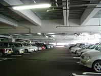 無料駐車場1000台完備