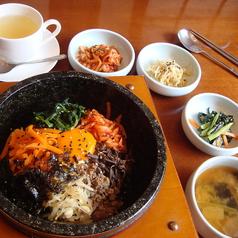 韓国料理専門店 月の壺の特集写真