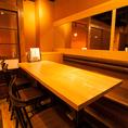 ゆったりくつろげるソファー席。会社帰りに旬のお料理と日本酒で一杯もオススメ♪