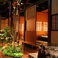 純和風の店内には大小個室が34部屋。最大42名様まで承れます。貸切は応相談