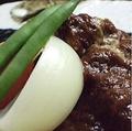 料理メニュー写真メインのお肉料理