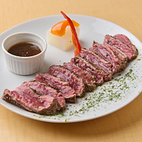 イタリアはミラノ、ナヴィリオグランデで修行を詰んだ店主の絶品お肉