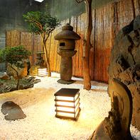 落ち着いた空間を演出。京の趣を取り入れた内装。