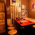 テーブル席では毎日大勢の宴会で宴を楽しむ客で賑わう♪フロア貸切や半個室もご用意!!会社宴会、仲間飲み、合コンなど色んなシーンに合わせて☆