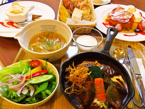 成田ゆめ牧場直送の、こだわりの原料を使ったレストラン&スイーツカフェ。