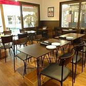 2名様掛けのテーブルを連結し、20名様用のお席を作ることも可能です◎