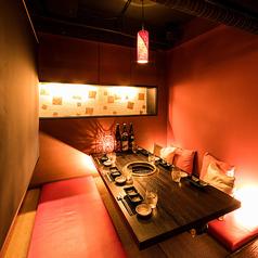 《渋谷個室肉バル》デートなど2名様大歓迎!個室をご用意させて頂きます。もちろん4名様~お席もご用意。大切な方との思い出の席の演出も可能です!大切な日や記念日などに是非ご利用ください♪